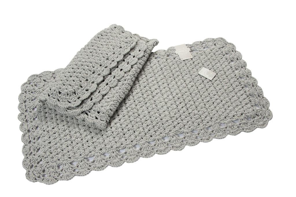 Tappeto le crochet grigio chiaro mis 50x100 cm - Tappeto grigio chiaro ...