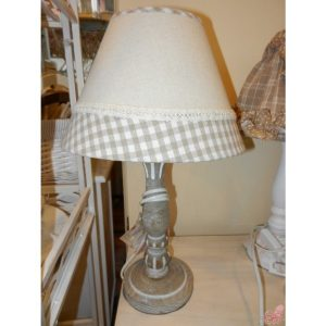 lampada da tavolo ecru