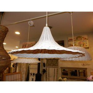 lampadario in midollino bianco