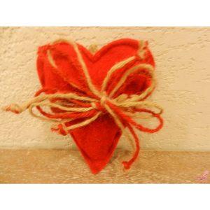cuore marrone piccolo con gancio