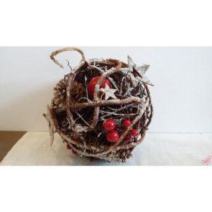 palla nature pigne e bacche rosse da appendere