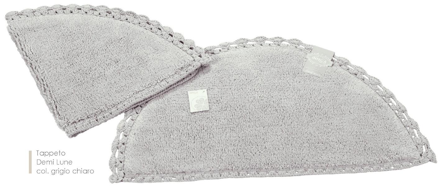 Tappeto demi lune colore grigio chiaro cestenolvetri - Tappeto grigio chiaro ...