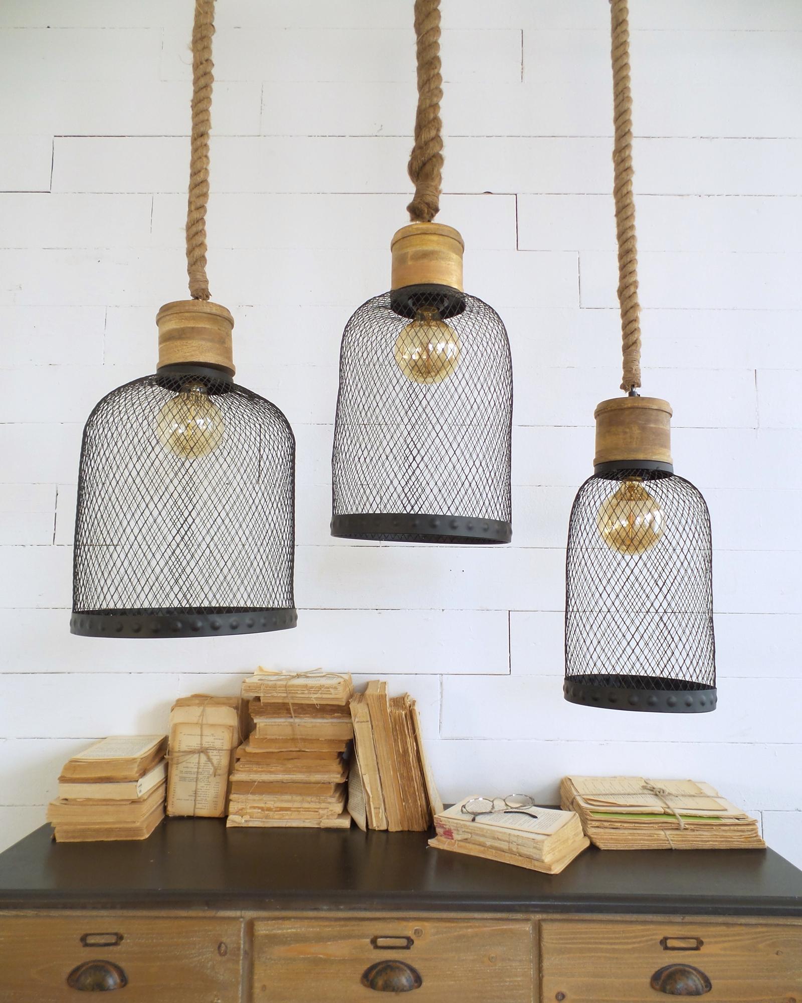 Lampadari Con Bottiglie Di Vetro lampadario industrial in metallo nero e legno con corda